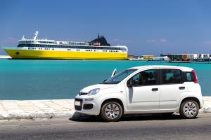 Alquiler de coches en Málaga: conocer en profundidad la Costa del Sol